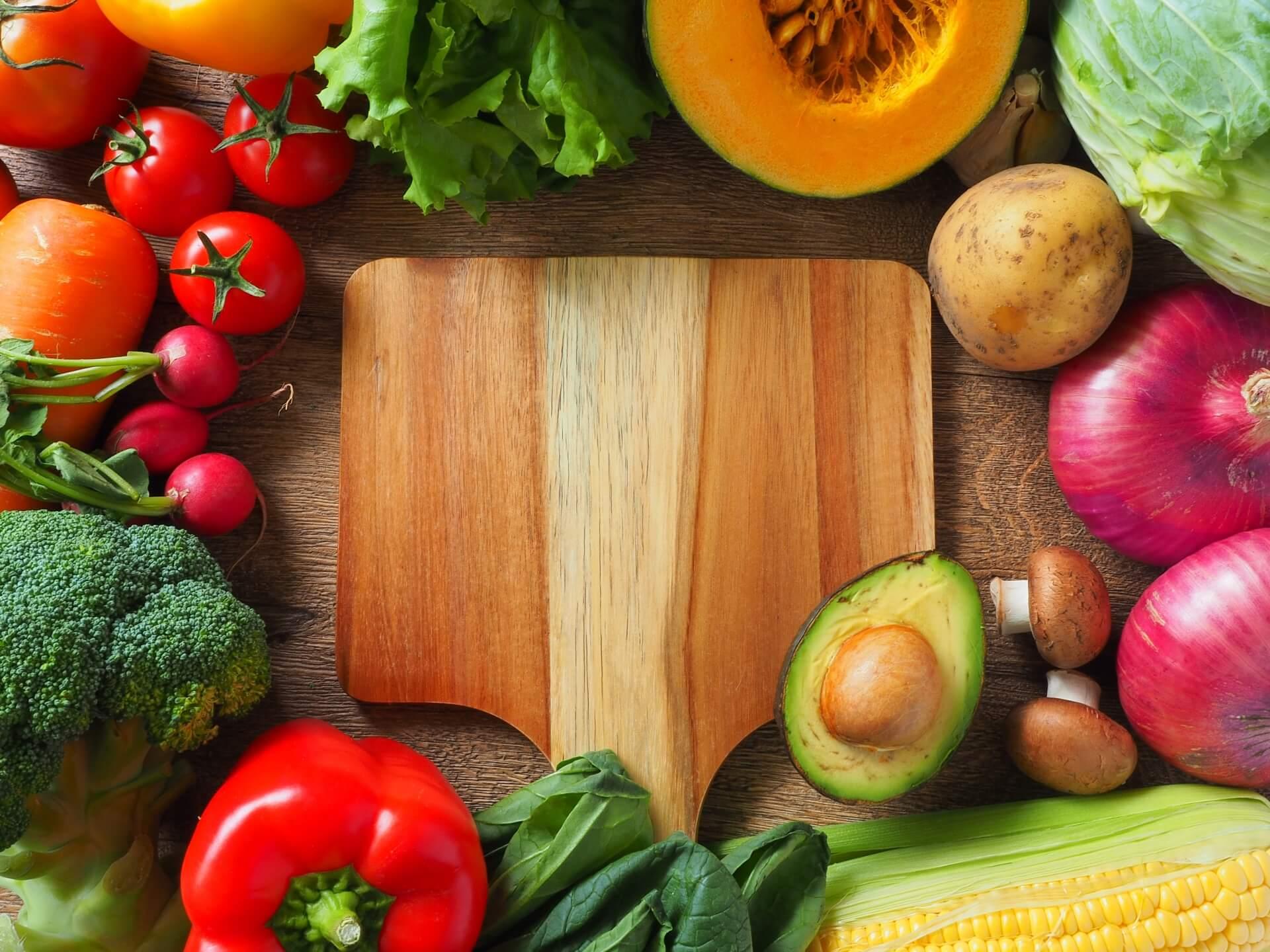 天候不順の影響により今年も野菜が高騰〜今後の保育園等での給食材料費対策〜